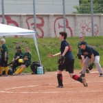 Softball-Team splittet bei der Heimpremiere